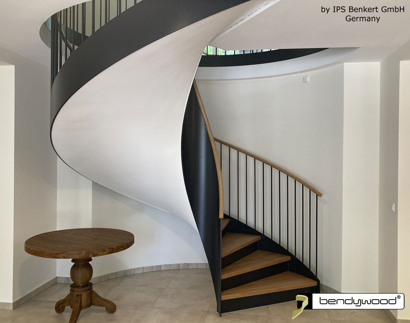Bending wood Bendywood® - Curved solid wooden handrail for staircase